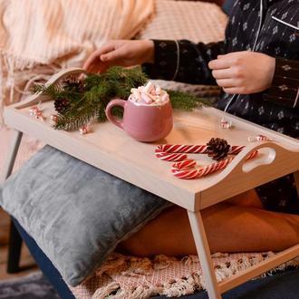Столик для завтрака. Столики для сніданку