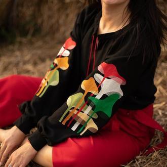 Вышитая женская блузка m u s h r o o m s