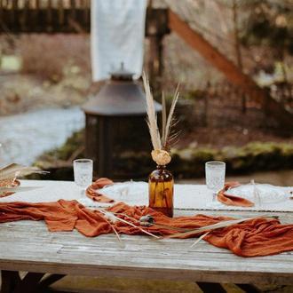 Марлевые с красивой текстурой раннеры для свадебного декора столов, арок, стульев. Цвет Terracotta
