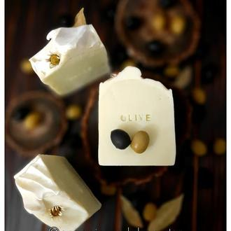 Мило оливкове (кастильське) з шовком