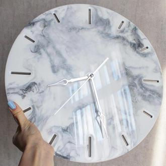 Годинник з епоксидною смолою