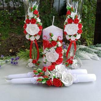 Свадебный набор: бокали + свечи в красном и белом цвете