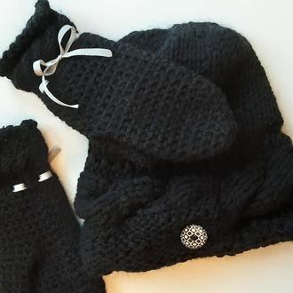 Черный вязаный набор шапка и варежки