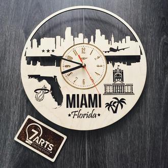 Интерьерные часы на стену «Майами, Флорида»