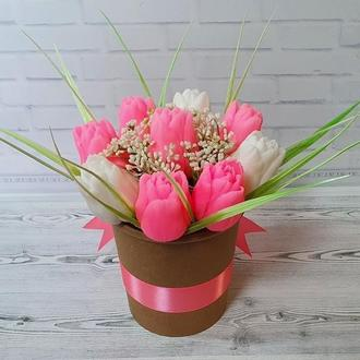 Букет из мыла Тюльпаны белые и розовые.