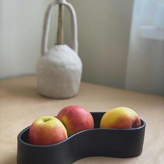 Минималистичная ваза для фруктов или конфет