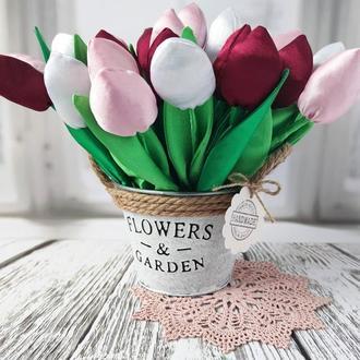 Букет тюльпанов из ткани в кашпо