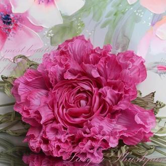 Брошь-заколка Пион «Изысканность». Цветы из ткани