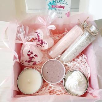 Подарочный набор органической косметики для женщин Розовый сад - уход за кожей