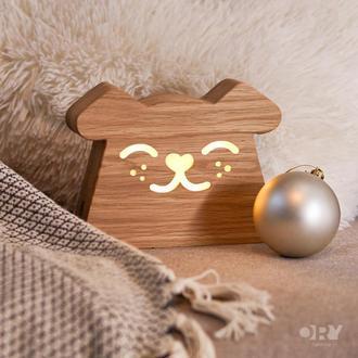 Дизайнерський дерев'яний нічник / світильник Ory Песик з індивідуальним гравіюванням