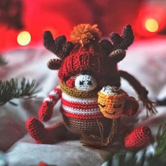 Вязаный олень / Новогодняя игрушка олень / Рождественский олень