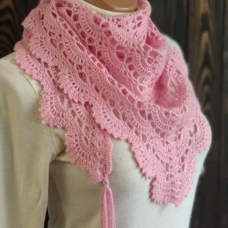 Вязаный розовый бактус, шаль, косынка