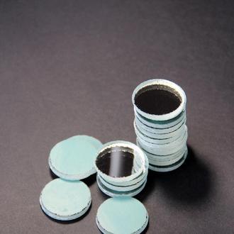 Зеркальные круги-для поделок. Зеркальные круги толщиной 4мм, диаметр зеркала 2,8см