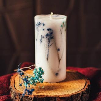 Свічка з блакитними сухоцвітом