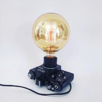 Лампа  фотоаппарат Зенит