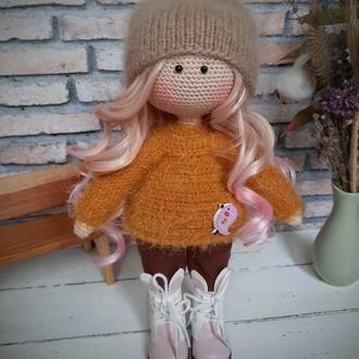 Вязаная кукла (интерьерная кукла)