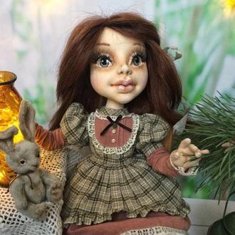 Текстильная кукла Девочка с зайкой