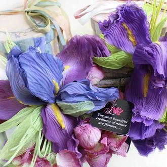 Брошь-цветок Ирис. Цветы из ткани
