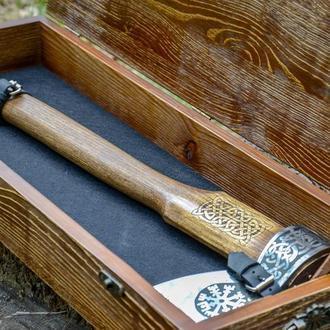 Кованый топор в подарочной коробке