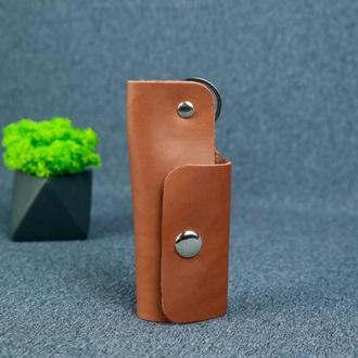 Ключница на кнопке №16, кожа итальянский краст, цвет коричневый