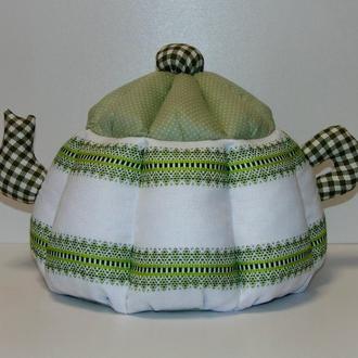 Грелка для чайника с вышивкой зеленая (оливковая)