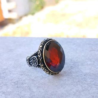 Винтажный перстень под старину из серебря серебряный с красным камнем шикарный и стильный