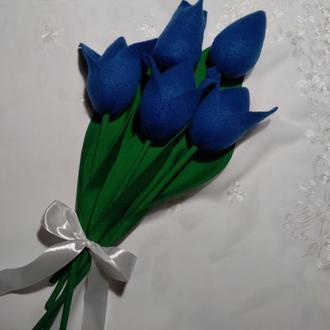 Крупные тюльпаны из флиса. Подарок для любимых и близких.