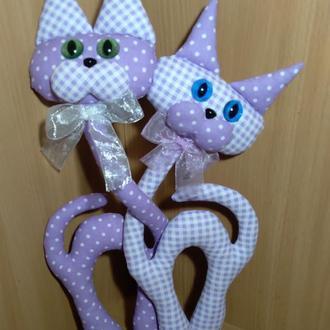 """Декоративная игрушка """"Влюбленные коты"""". Авторская работа. Подарок для влюбленных"""
