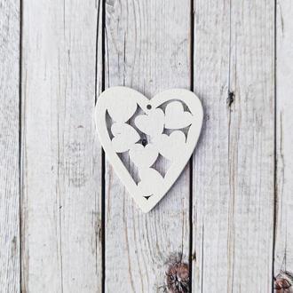 Сердце деревянное белое 5*4.3 см. 1 шт