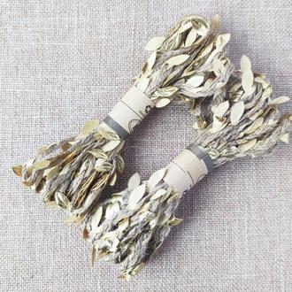 Декоративная джутовая лента с золотыми листьями. 3 м