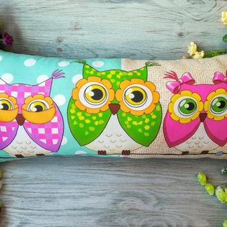 Подушка детская декоративная Три совы на мятном, 69 см*30 см