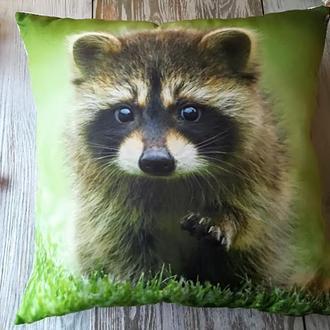 Подушка диванная декоративная Енот 3, 45 * 45 см
