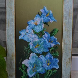 Цветы Колокольчики, вышита чешским бисером, объемное изображение