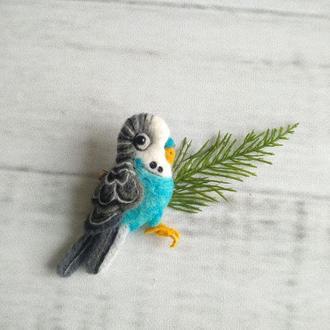 Брошка-валяная из шерсти попугай