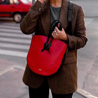Женская сумка через плечо из натуральной кожи с легким глянцевым эффектом