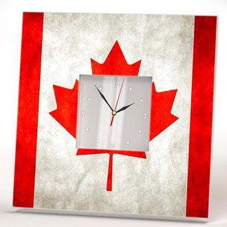"""Настенные часы в гостинную кухню спальню """"Канадский флаг"""""""