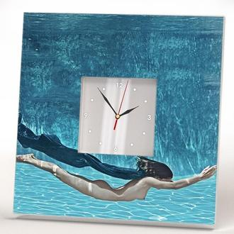 """Эксклюзивные настенные часы """"Девушка под водой"""""""
