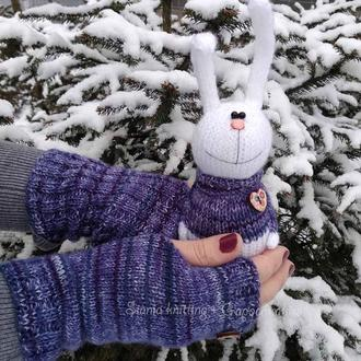 """подарунковий комплект : рукавички-мітенки """"сині рябенькі"""" + зайчик іграшка"""