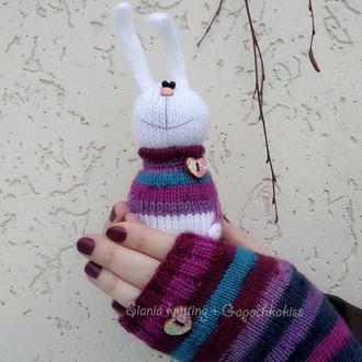 """подарунковий комплект : рукавички-мітенки """"смугасті"""" + зайчик іграшка"""