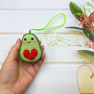 Подвеска в авто, на сумочку или рюкзак, брелок авокадо с сердечком
