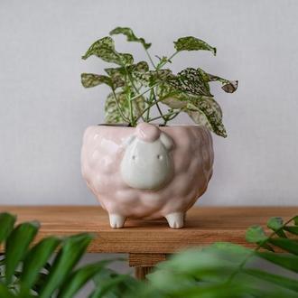 Керамический горшок для растений Овечка розовая, размер M