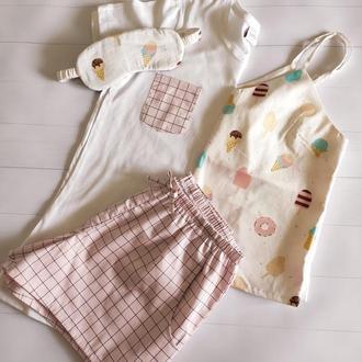 Пижама в розовом оттенке с майкой, футболкой и шортами мороженое (маска для сна в подарок)