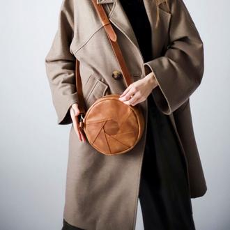Женская сумка круглой формы через плечо ручной работы из натуральной кожи с винтажным эффектом