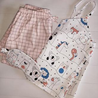 Красива піжама з майкою і рожевими шортами в клітинку (маска для сну в подарунок)