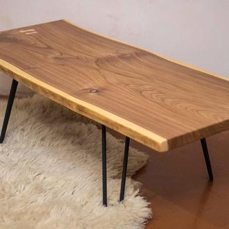 Журнальний стіл з слябів карагача в стилі liveedge