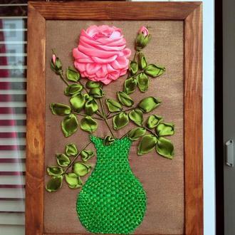 Картина вышитая лентами роза