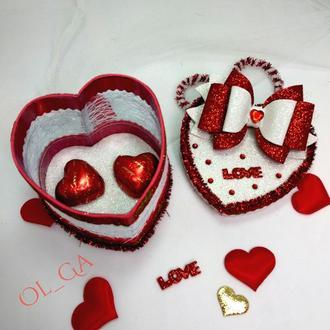 Валентинка скринька комплімент серце з цукерками
