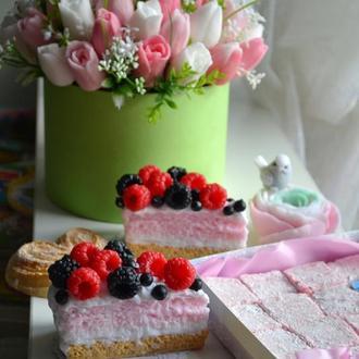 Сувенирное мыло - Бисквит с ягодами