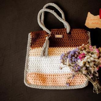 Мягкая вязаная сумка