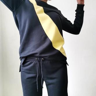 Спортивный костюм: свитшот и джоггеры